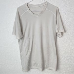 Lululemon Men's Swiftly Tech Tee Large